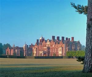 Christmas Fair - Crafts, Food and Gifts at Sandringham